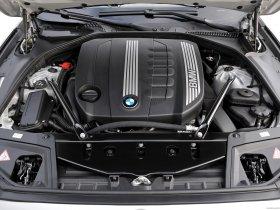 Ver foto 45 de BMW 5-Series Sedan 530d 2010