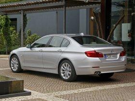 Ver foto 7 de BMW 5-Series Sedan 530d 2010