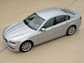 Ver foto 6 de BMW 5-Series Sedan 530d 2010