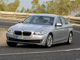 Fotos de BMW 5-Series Sedan 530d 2010