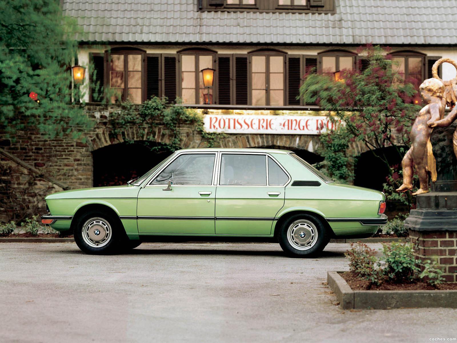 Foto 10 de BMW 5-Series Sedan E12 1972