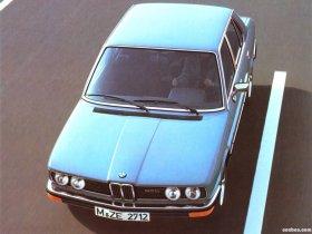 Ver foto 15 de BMW 5-Series Sedan E12 1976