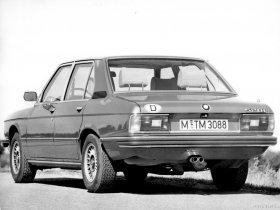 Ver foto 11 de BMW 5-Series Sedan E12 1976