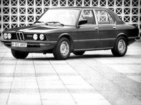 Ver foto 10 de BMW 5-Series Sedan E12 1976