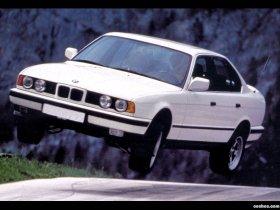 Ver foto 5 de BMW 5-Series Sedan E34