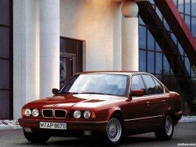 Ver foto 2 de BMW 5-Series Sedan E34