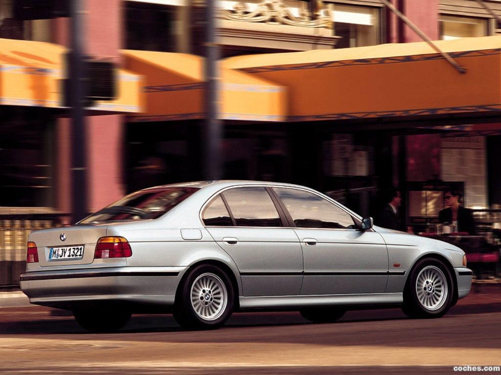 Foto 11 de BMW 5-Series Sedan E39 1995