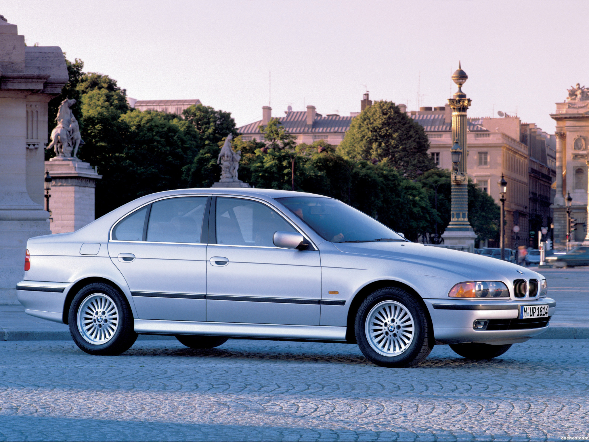 Foto 26 de BMW 5-Series Sedan E39 1995