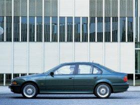 Ver foto 23 de BMW 5-Series Sedan E39 1995