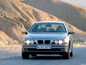 Ver foto 19 de BMW 5-Series Sedan E39 1995