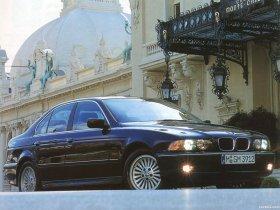 Ver foto 15 de BMW 5-Series Sedan E39 1995