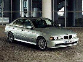 Ver foto 14 de BMW 5-Series Sedan E39 1995