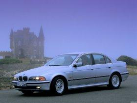 Ver foto 13 de BMW 5-Series Sedan E39 1995