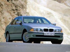 Ver foto 32 de BMW 5-Series Sedan E39 1995
