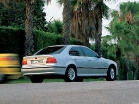 Ver foto 4 de BMW 5-Series Sedan E39 1995