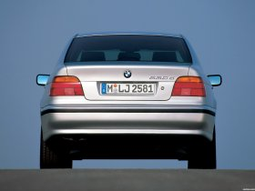 Ver foto 3 de BMW 5-Series Sedan E39 1995