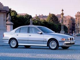 Ver foto 27 de BMW 5-Series Sedan E39 1995