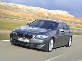 Ver foto 46 de BMW Serie 5 Sedan F10 2010