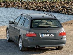 Ver foto 12 de BMW Serie 5 Touring 2004