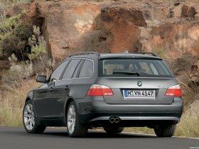 Ver foto 6 de BMW Serie 5 Touring 2004