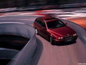 Ver foto 2 de BMW Serie 5 Touring E39 1997