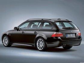 Ver foto 4 de BMW 5-Series Touring M package 2004