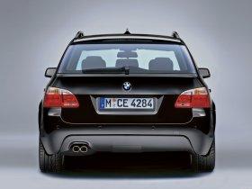 Ver foto 2 de BMW 5-Series Touring M package 2004