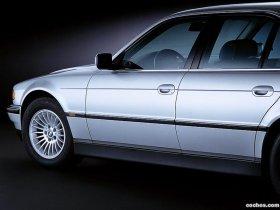 Ver foto 2 de BMW Serie 7 E65 2003