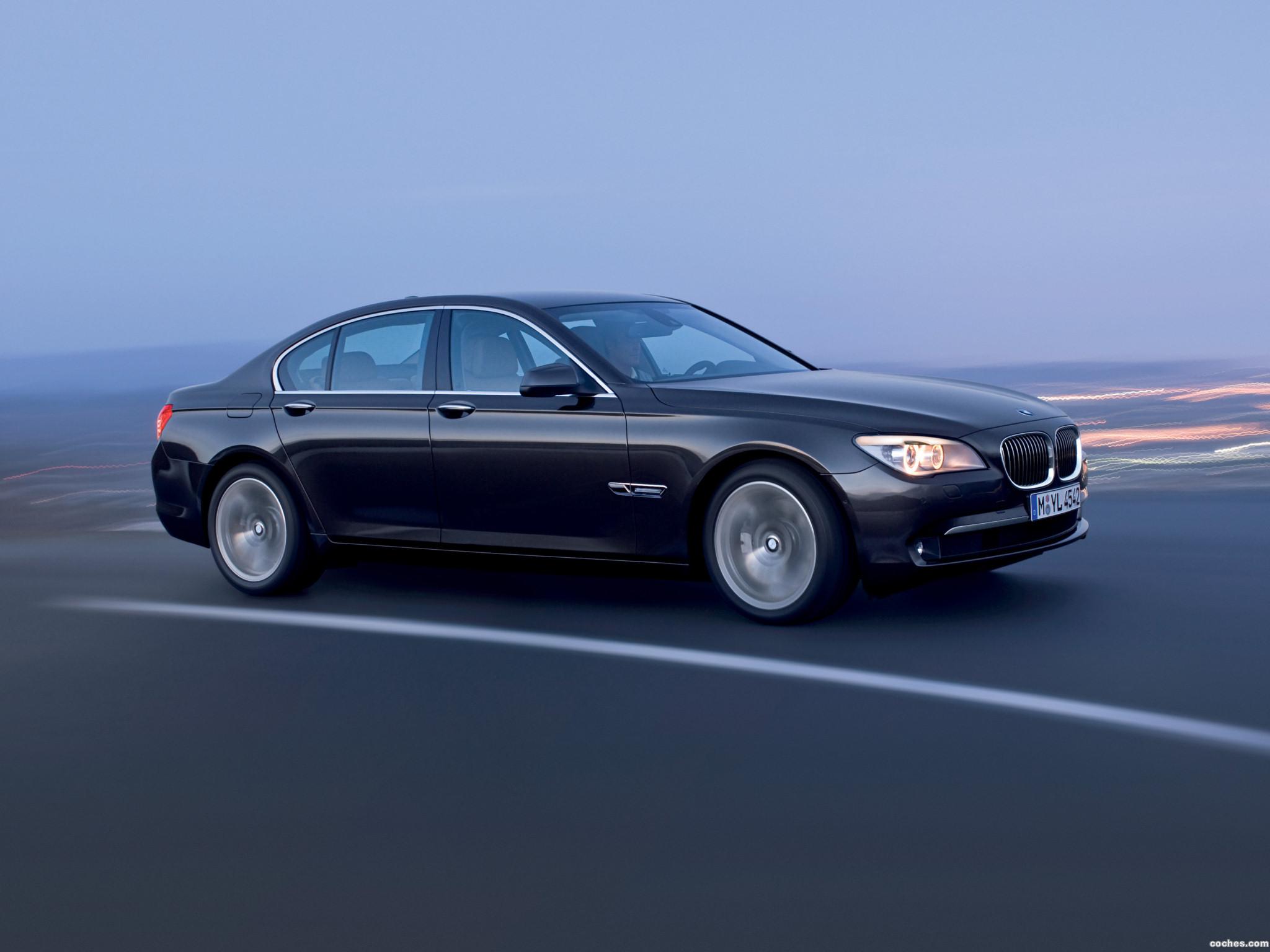 Foto 2 de BMW Serie 7 F01 2009