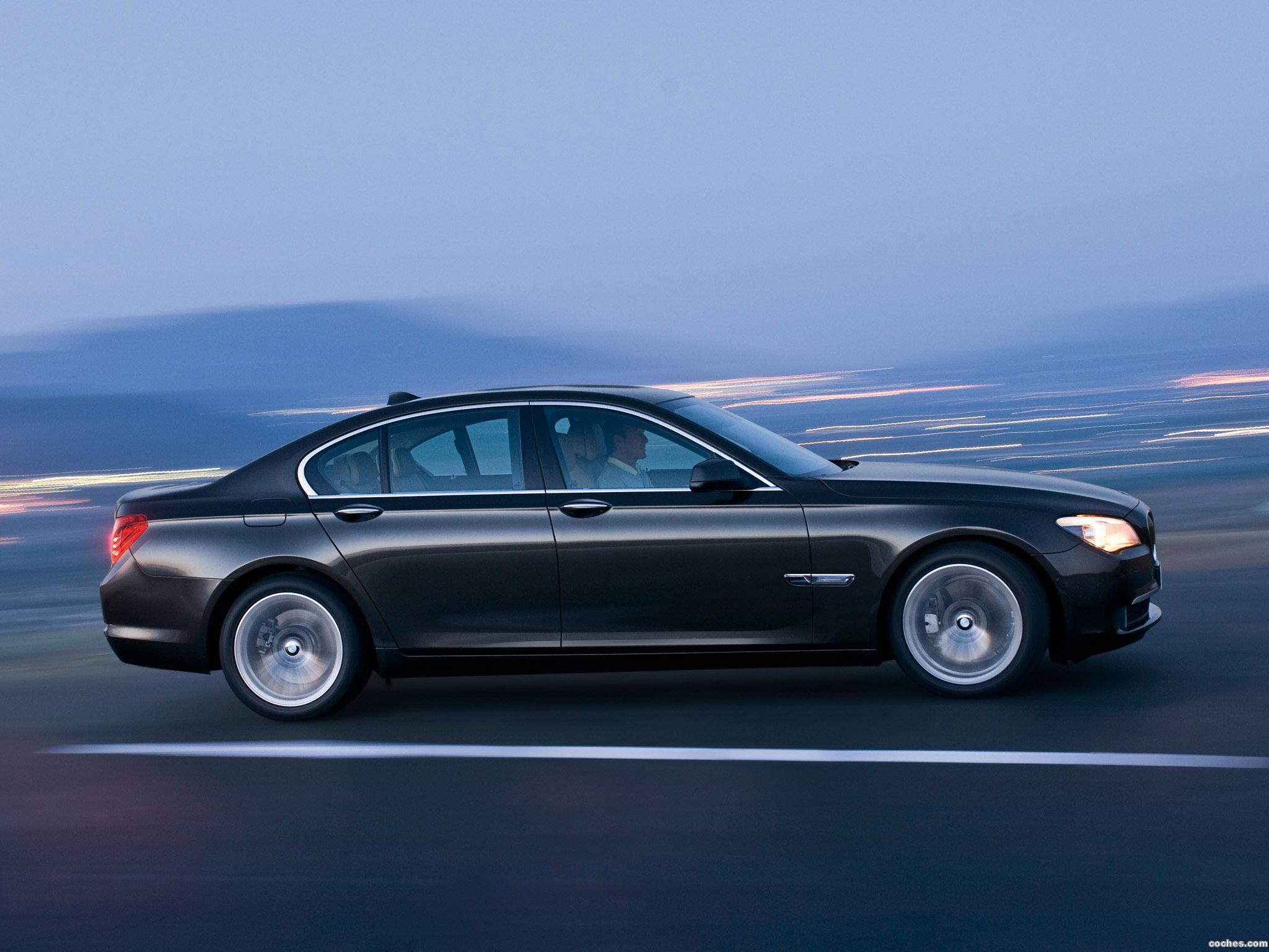 Foto 11 de BMW Serie 7 F01 2009