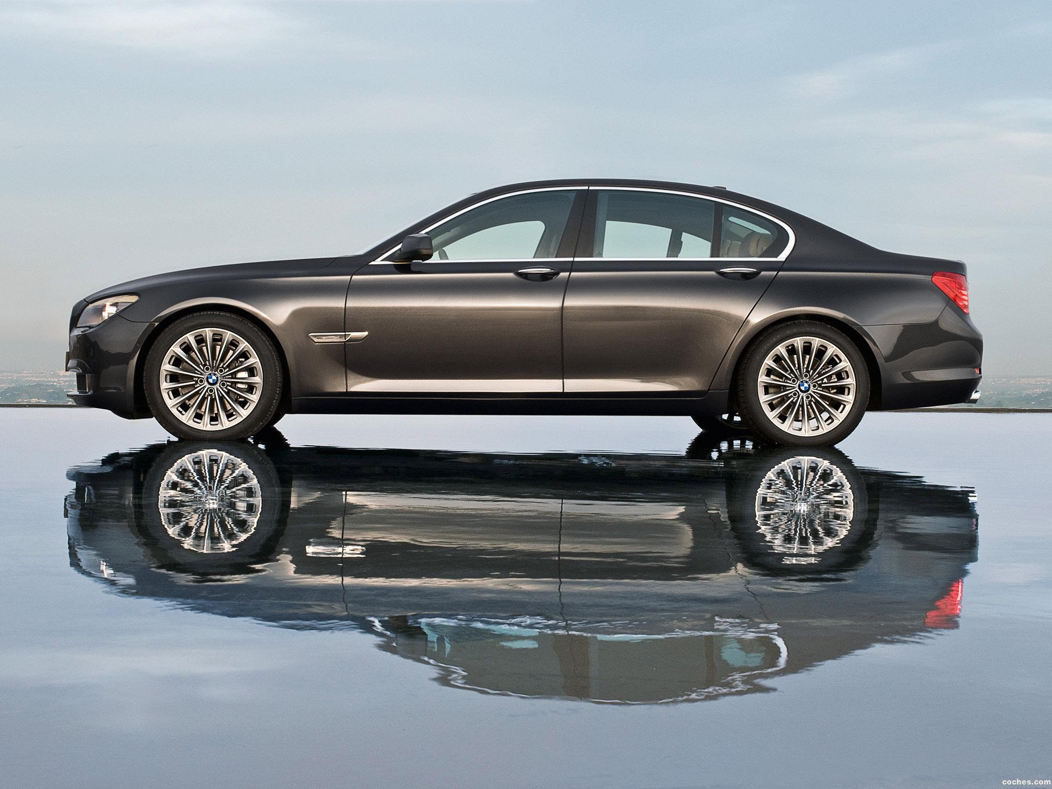 Foto 4 de BMW Serie 7 F01 2009