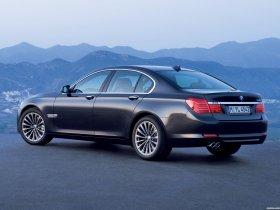 Ver foto 2 de BMW Serie 7 F01 2009
