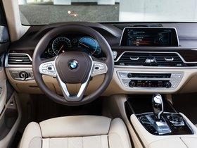Ver foto 30 de BMW Serie 7 730Ld Xdrive G12 2015