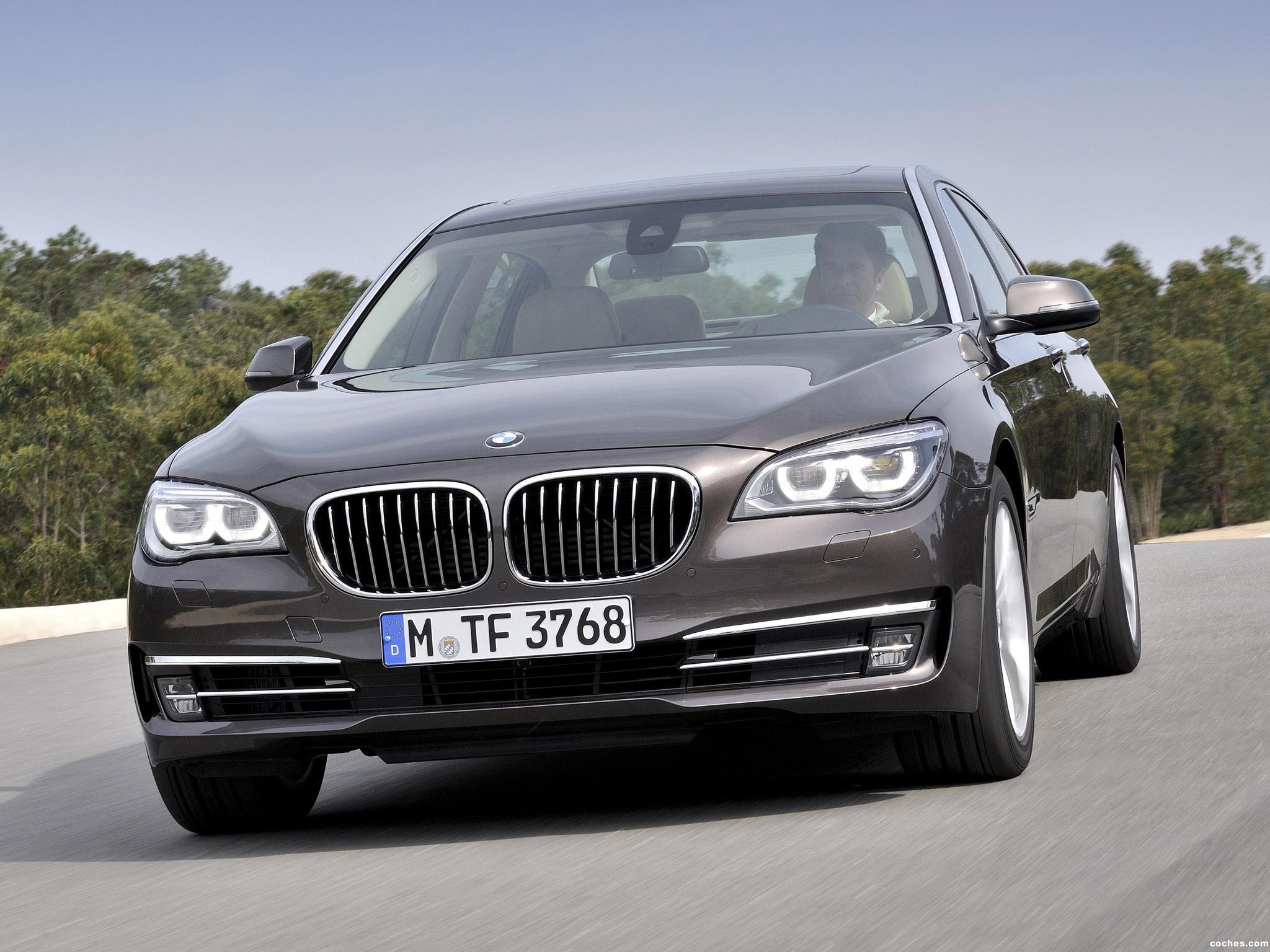 Foto 0 de BMW Serie 7 750Li F02 2012