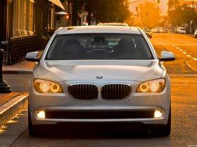 Ver foto 3 de BMW Serie 7 750Li USA F02 2009