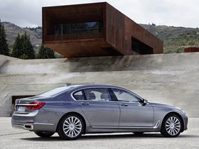 Ver foto 22 de BMW Serie 7 750Li xDrive Design Pure Excellence G12 2015