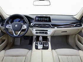 Ver foto 30 de BMW Serie 7 750Li xDrive Design Pure Excellence G12 2015