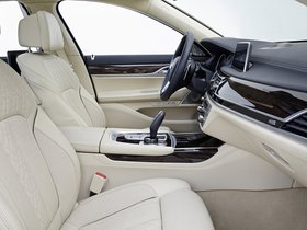 Ver foto 27 de BMW Serie 7 750Li xDrive Design Pure Excellence G12 2015