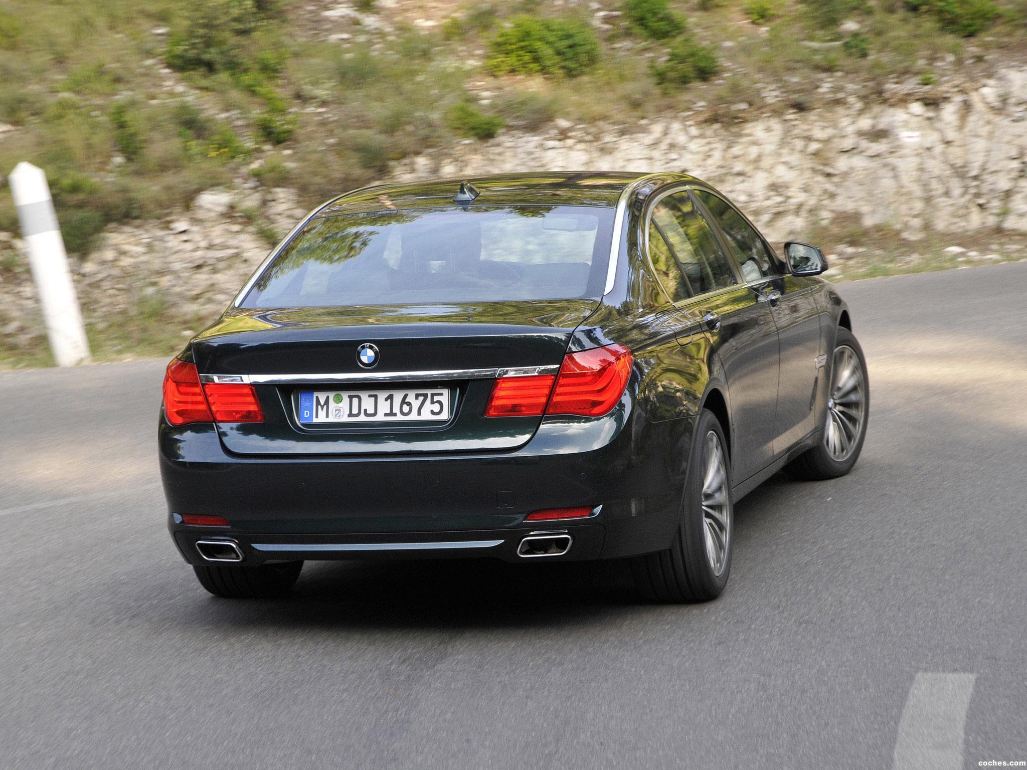 Foto 9 de BMW Serie 7 750Li xDrive F02 2008