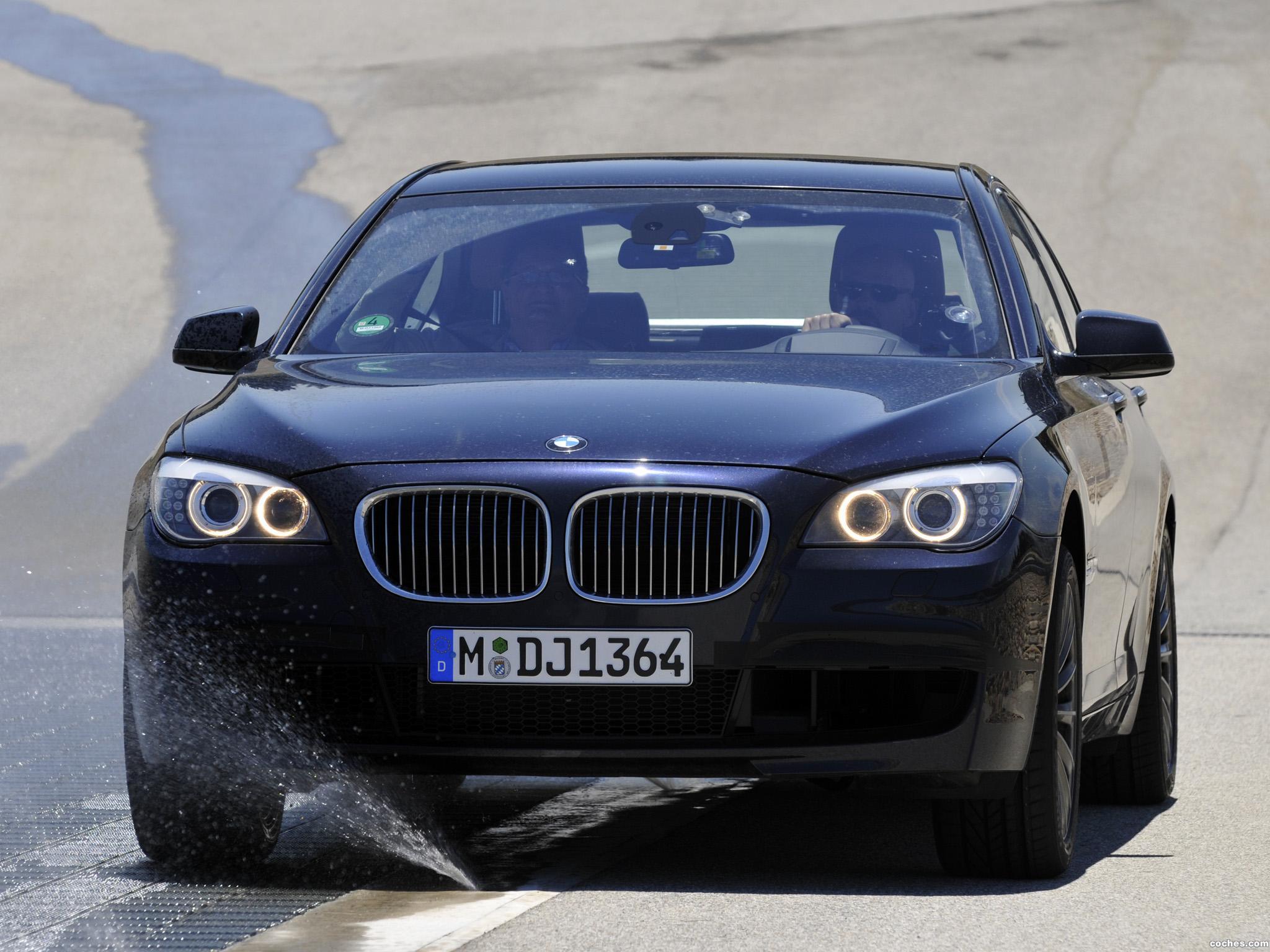 Foto 1 de BMW Serie 7 750Li xDrive F02 2008