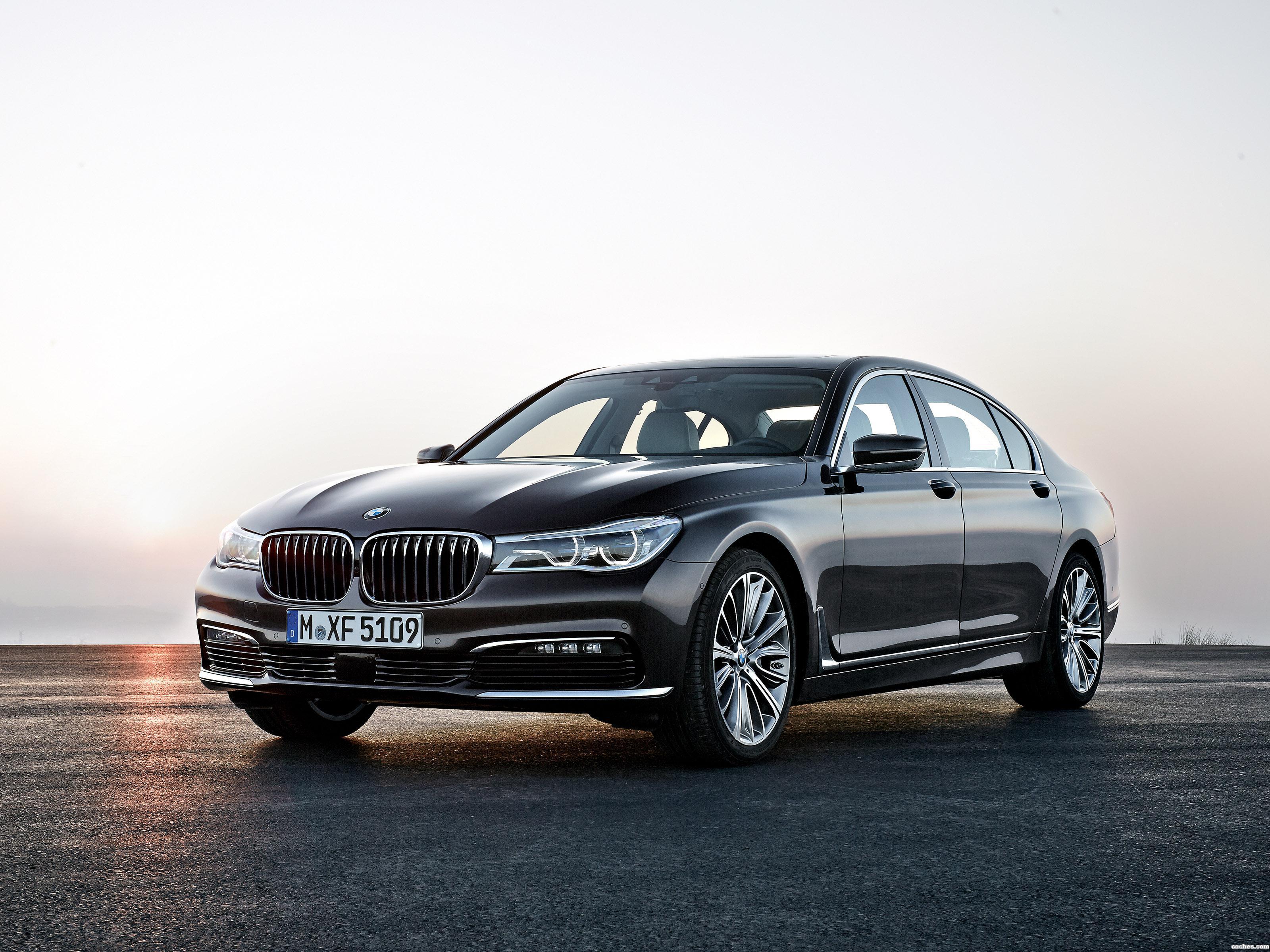 Foto 0 de BMW Serie 7 750Li xDrive G12 2015