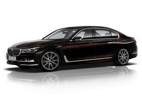 Ver foto 2 de BMW Serie 7 750Li xDrive Individual G12 2015