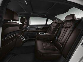 Ver foto 16 de BMW Serie 7 750Li xDrive M Sport G12 2015