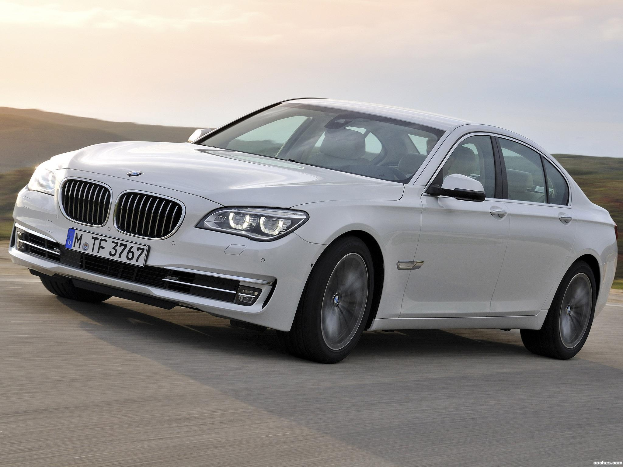 Foto 0 de BMW Serie 7 750d xDrive F01 2012