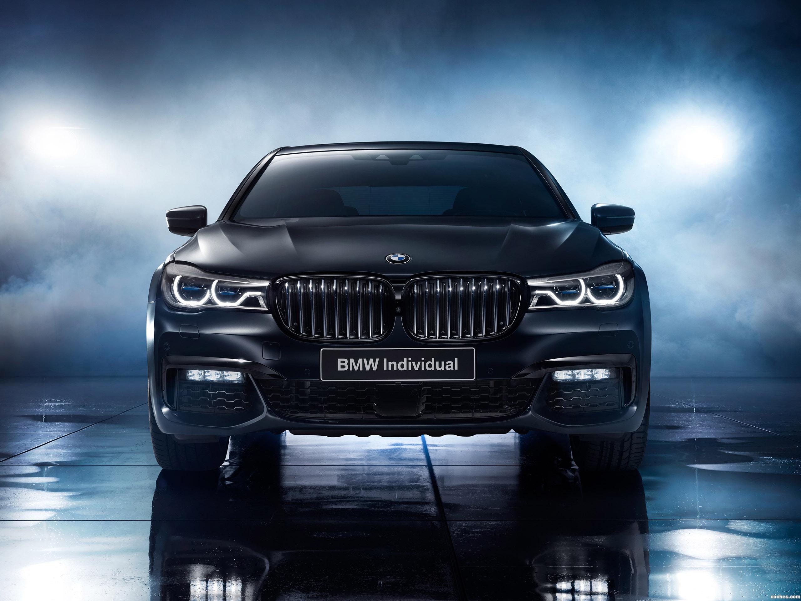 Foto 0 de BMW Serie 7 750i Black Ice Edition G11 2017