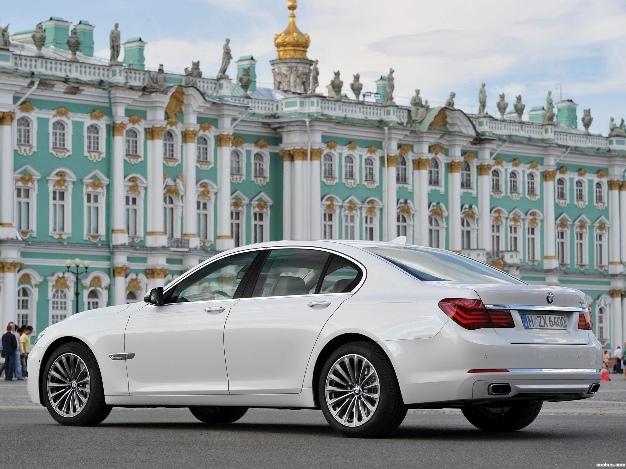 Foto 1 de BMW Serie 7 750i F01 2012
