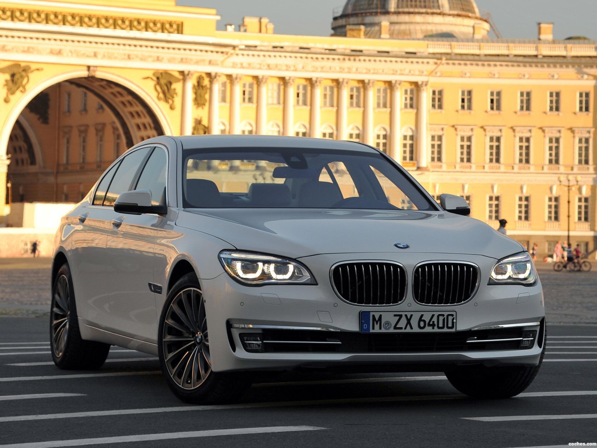 Foto 0 de BMW Serie 7 750i F01 2012
