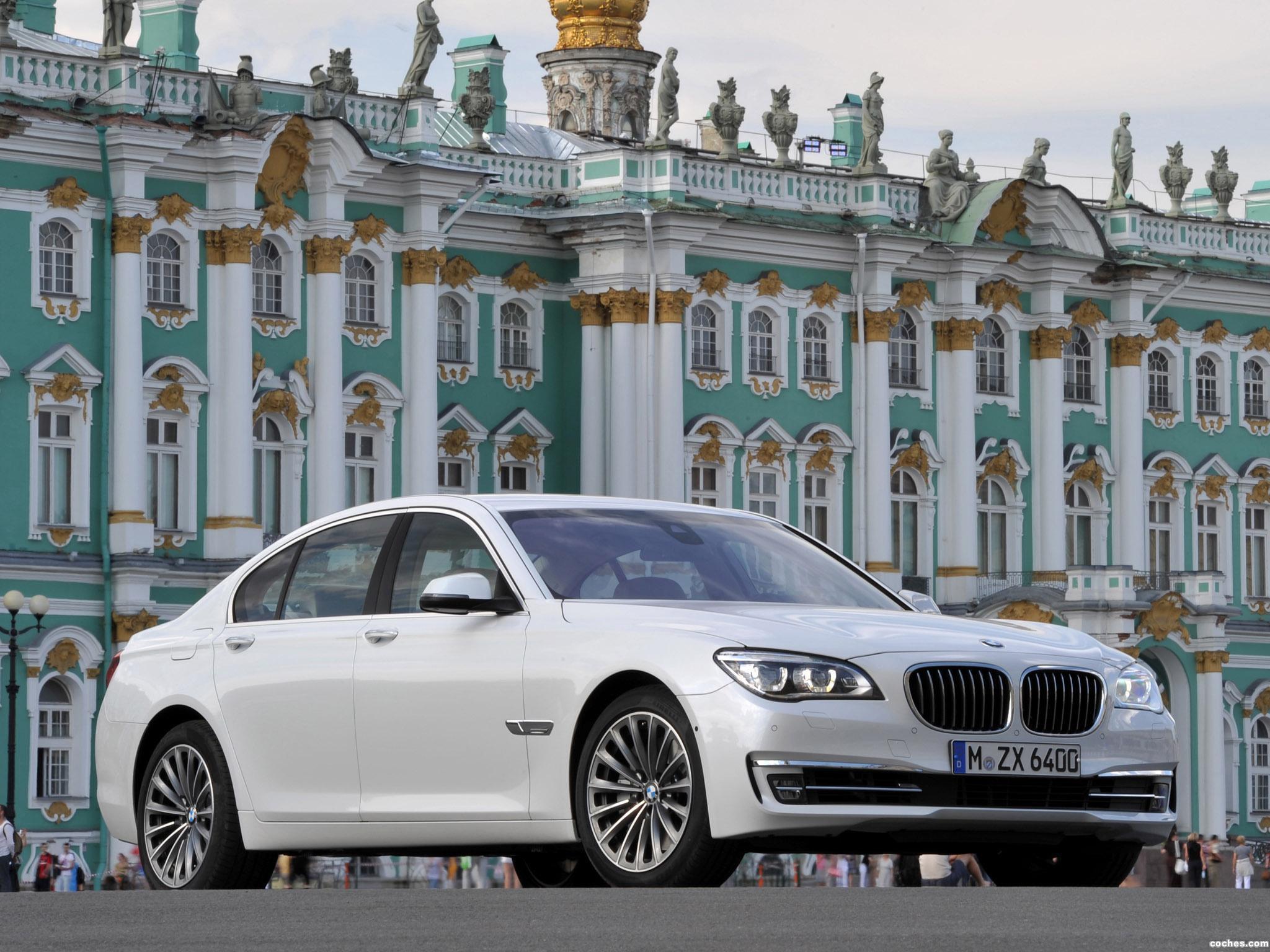 Foto 18 de BMW Serie 7 750i F01 2012