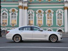 Ver foto 16 de BMW Serie 7 750i F01 2012