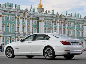 Ver foto 2 de BMW Serie 7 750i F01 2012